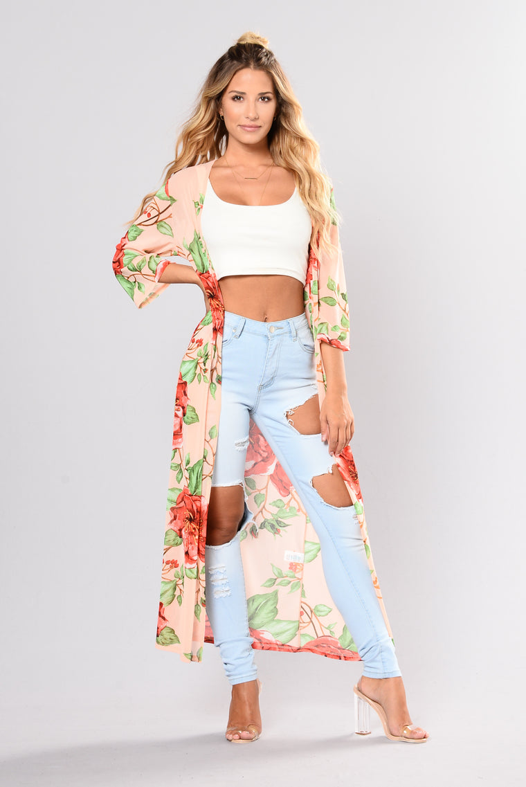 Only In Dreams Kimono - Peach/Floral