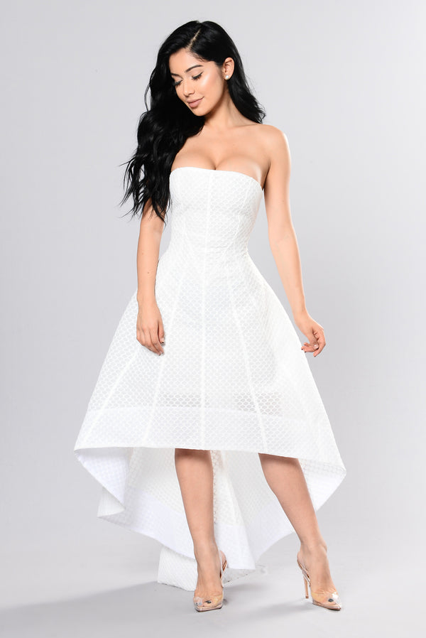 e33c885392b Carrie Vibes Dress - White