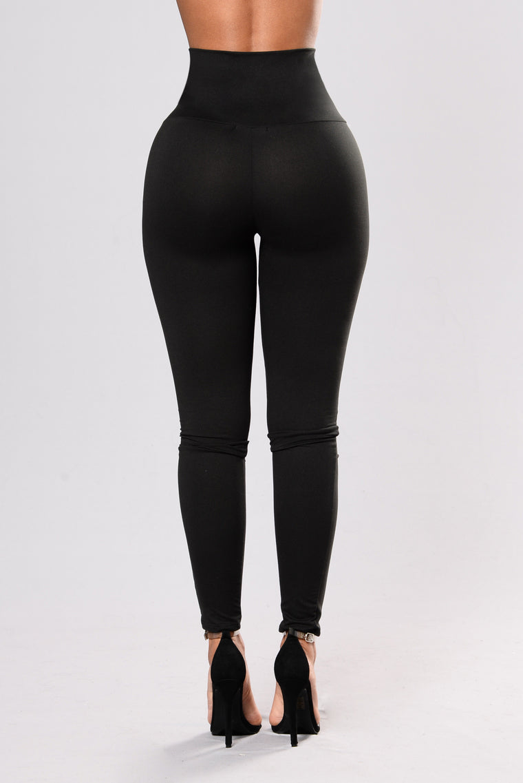 Living Dangerously Legging - Black