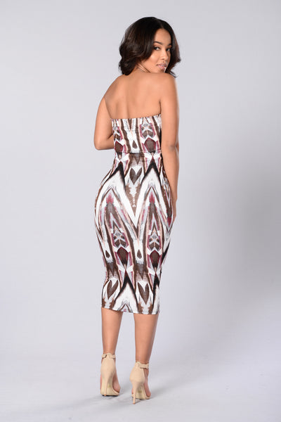 Totally Tubular Dress - Burgundy