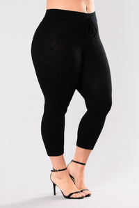Wanderlust Leggings - Black Angle 13