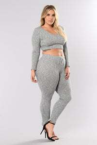 Wanderlust Leggings - Grey Angle 13