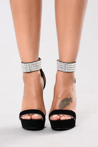 King Me Heel - Black