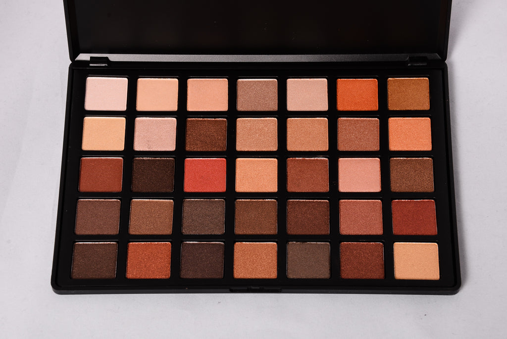 Beauty Creations: 35 Color Pro Palette - Bella