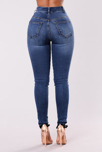 Text Me Back Jeans - Dark Wash