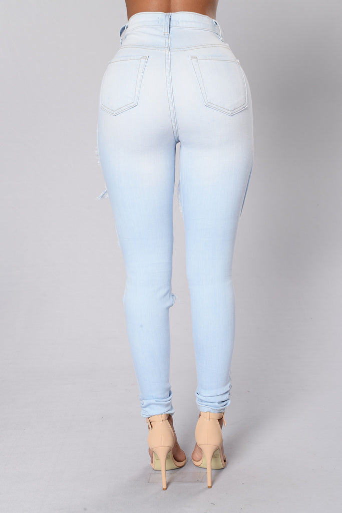 Feelin' Blue Jeans - Light Blue