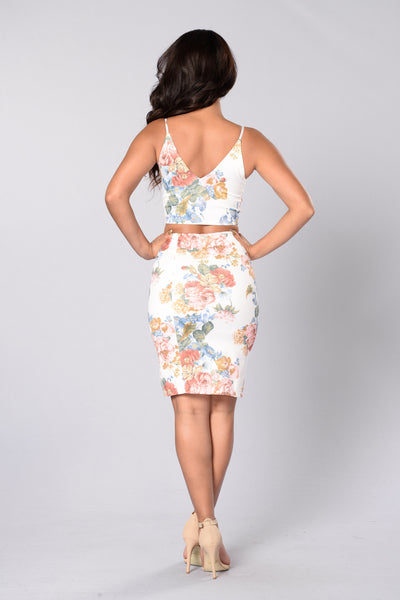 Floral Glamour Top - Ivory
