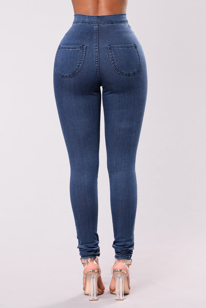 Squat Up Jeans - Medium Blue