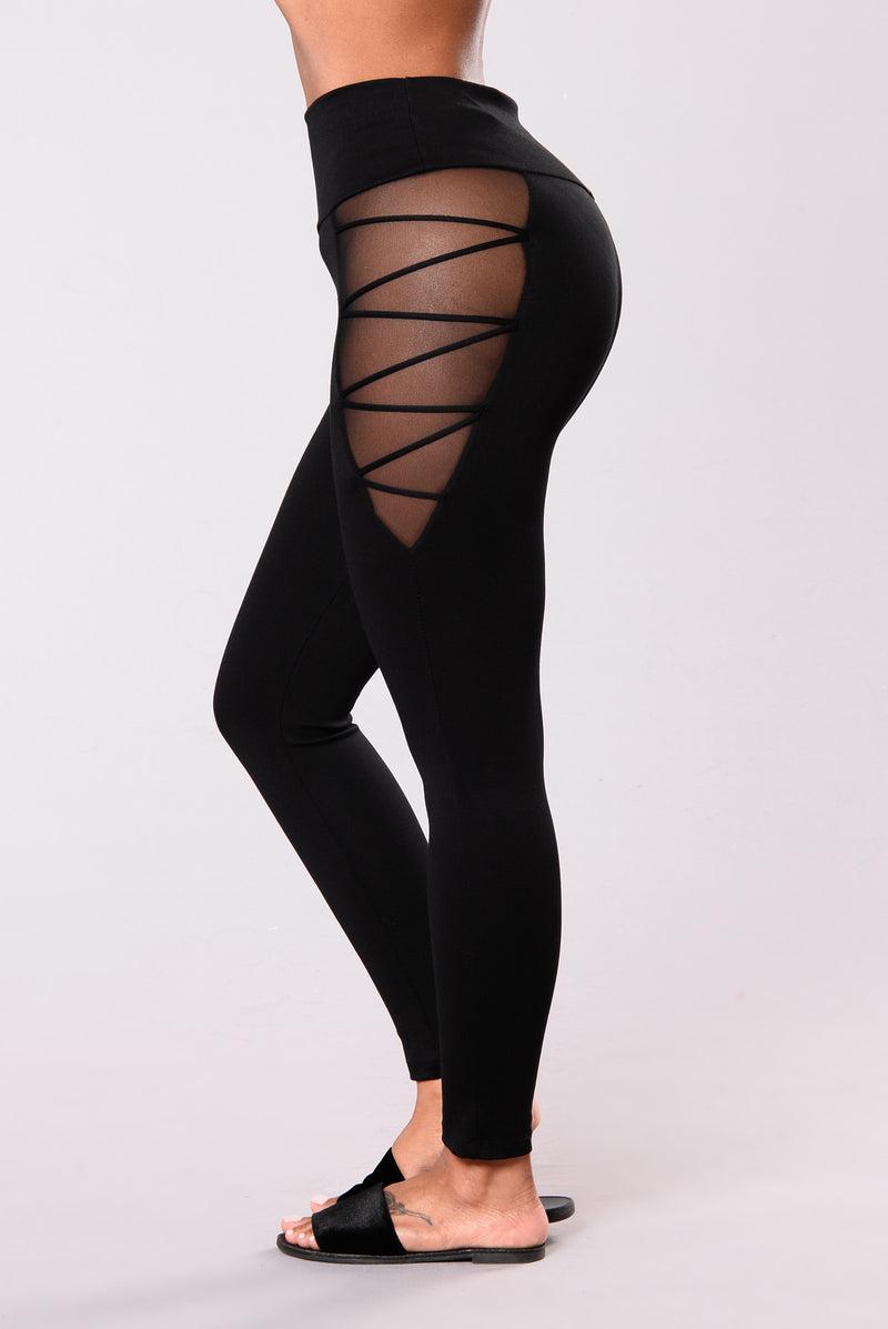 Cardio Mesh Leggings - Black