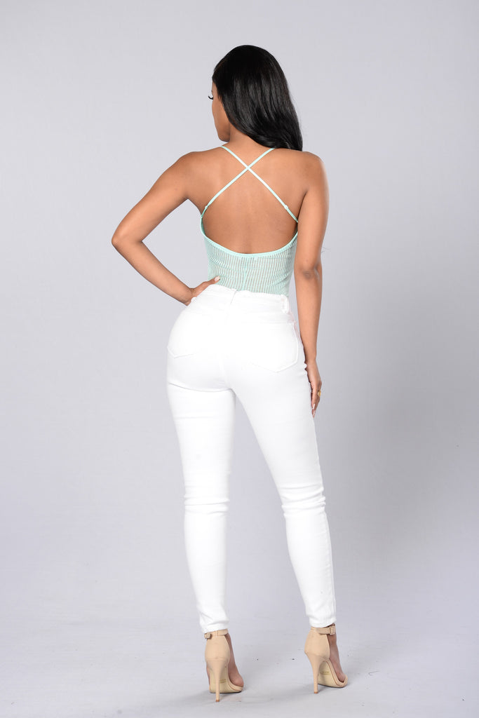 Cross The Road Bodysuit - Mint