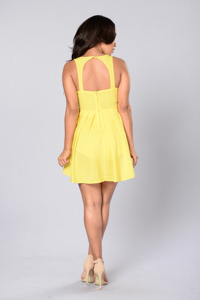 Lisa Dress - Yellow