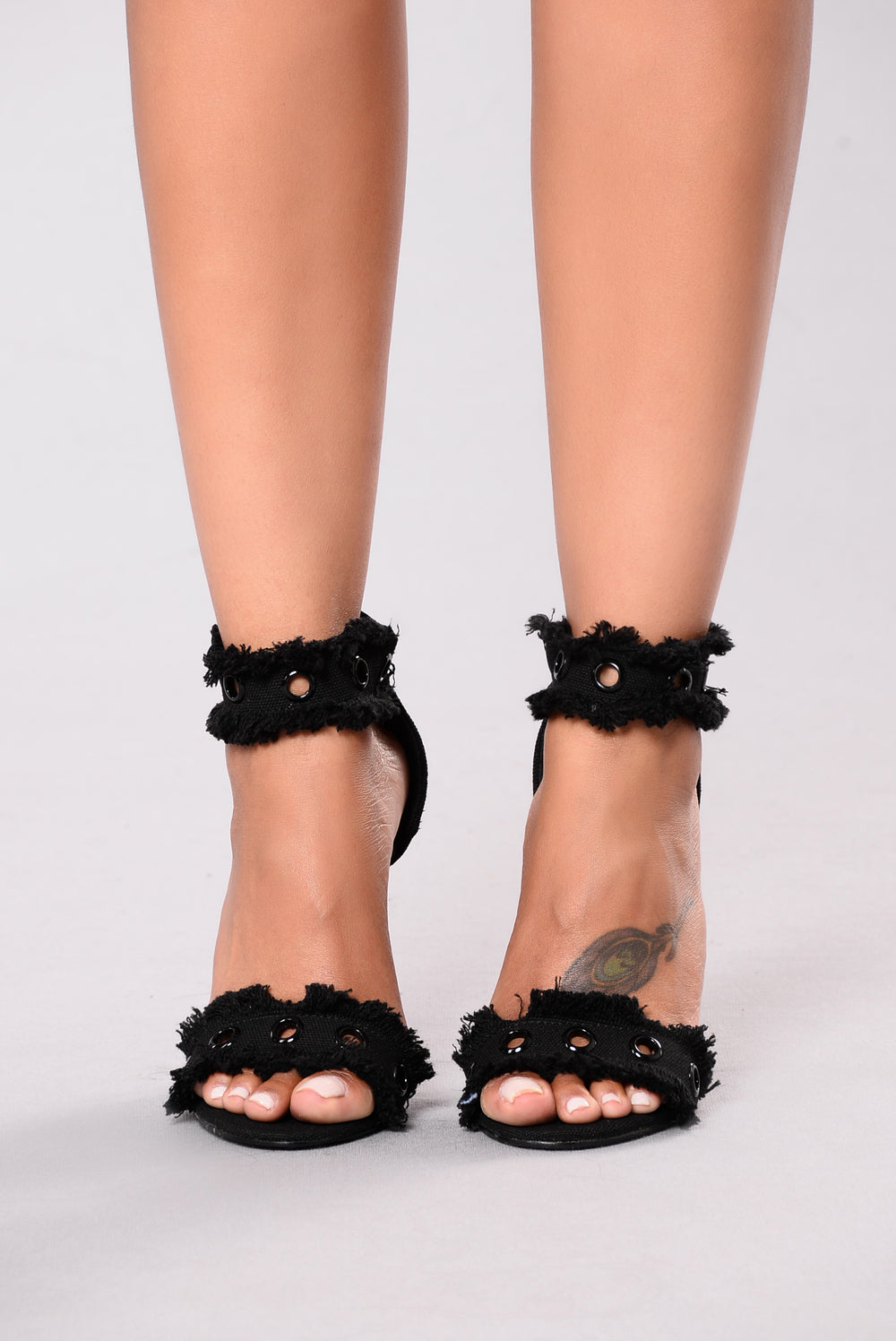 Jagged And Edgy Heel - Black