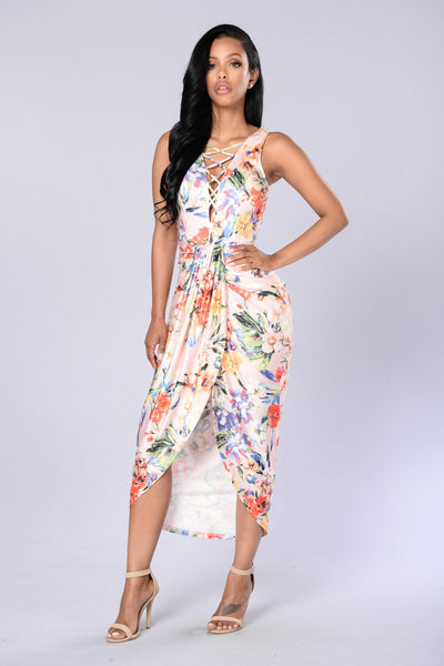 Go With the Floral Dress - Pink