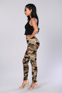 Take Charge Leggings - Camo Angle 5