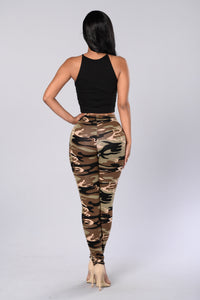 Take Charge Leggings - Camo Angle 3
