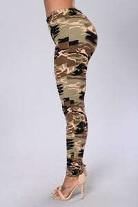 Take Charge Leggings - Camo Angle 6
