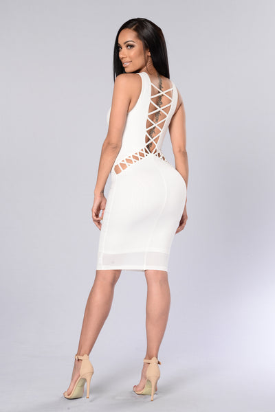Hips Don't Lie Dress - Ivory