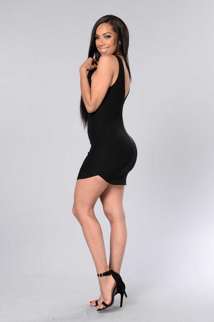 Front And Center Dress - Black