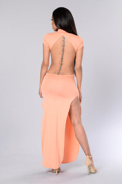 Aphrodisiac Dress - Peach