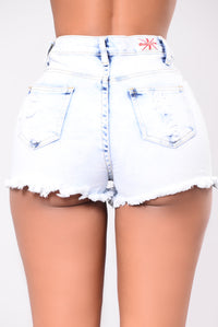 Lennon Distressed Shorts - Light Wash