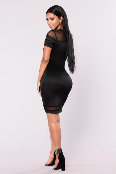 All Caught Up Dress - Black