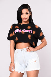 Join The Gang Cropped Tee - Black/Rust