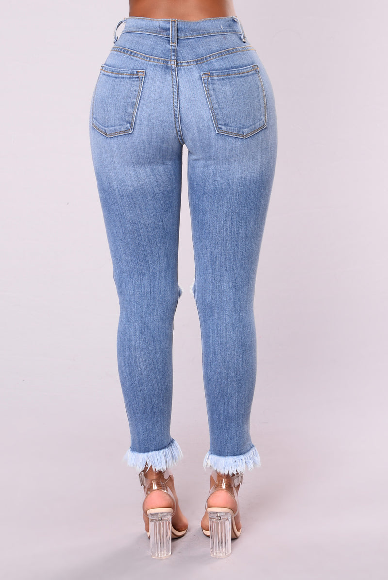 Emma Distress Jean - Medium
