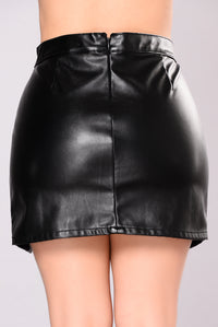 They've Never Seen Sexy Skirt - Black
