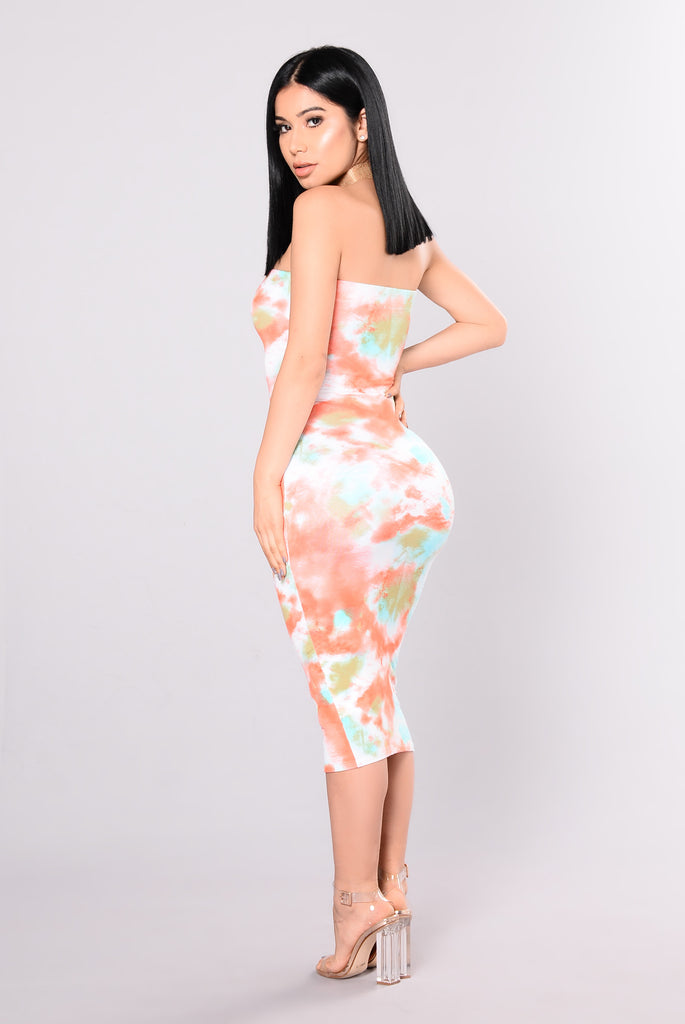 Chillin So Hard Dress - Sage/Orange