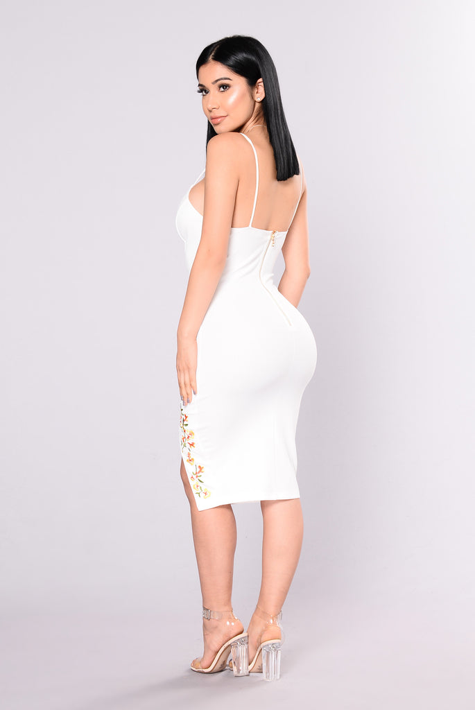 Anniversary Embroidered Dress - White