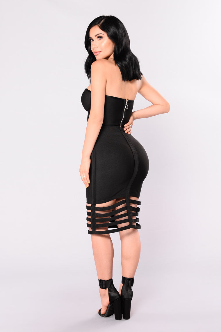Meet Me At The Bar Skirt - Black