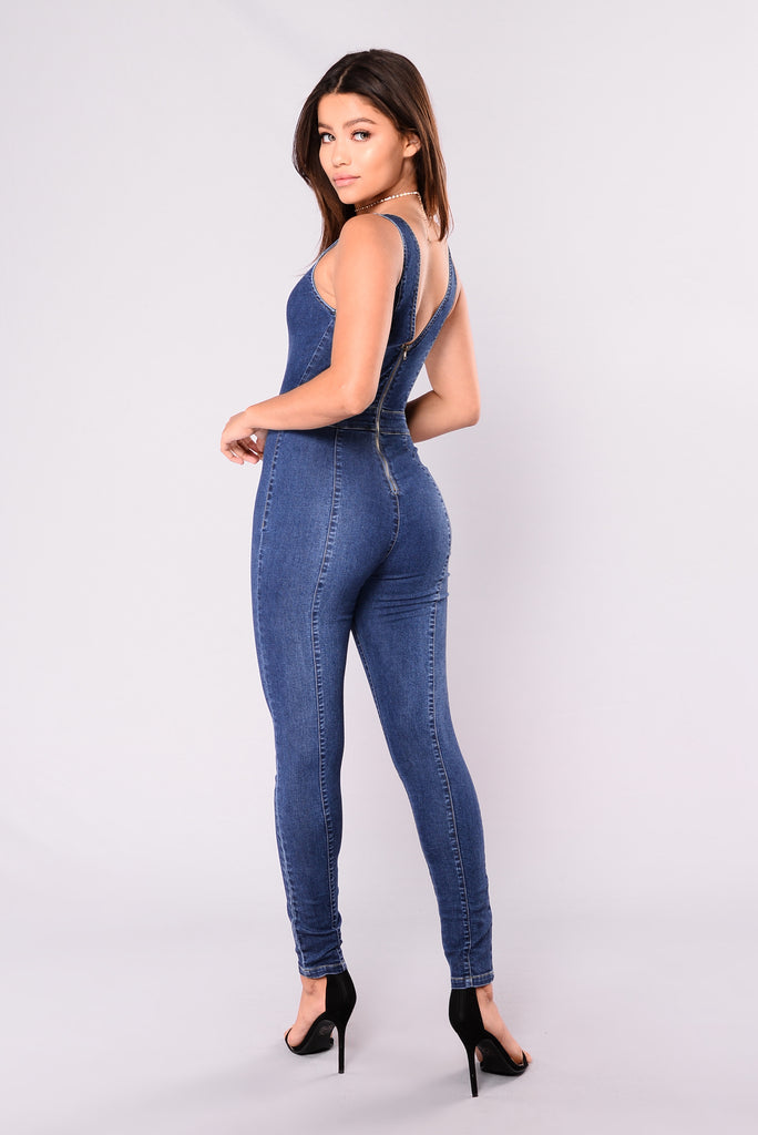 Jannet Jumpsuit - Dark Wash