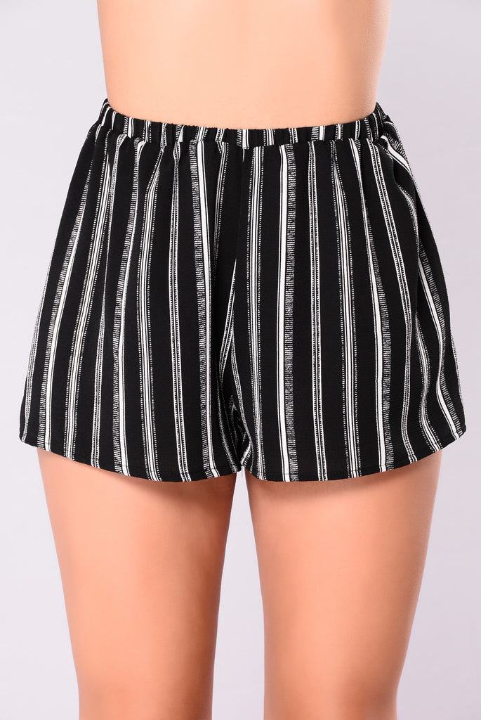 Shop the latest striped shorts styles at Forever Explore the newest trends and essentials designed for any and every occasion!