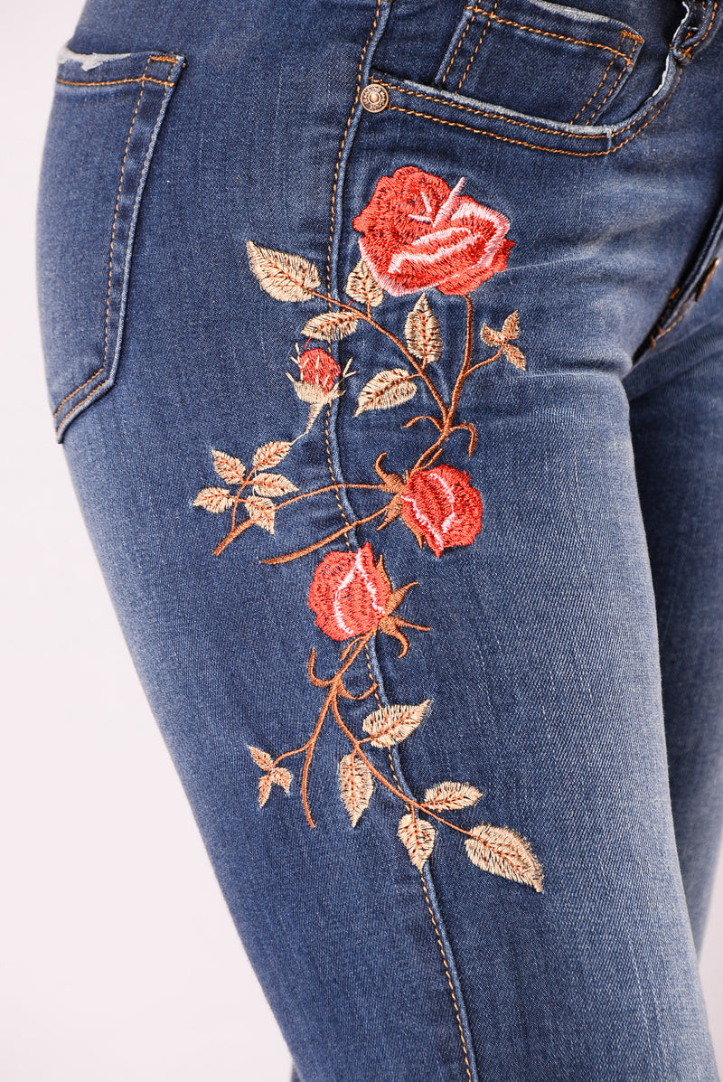 Keana Embroidered Jeans - Medium Blue