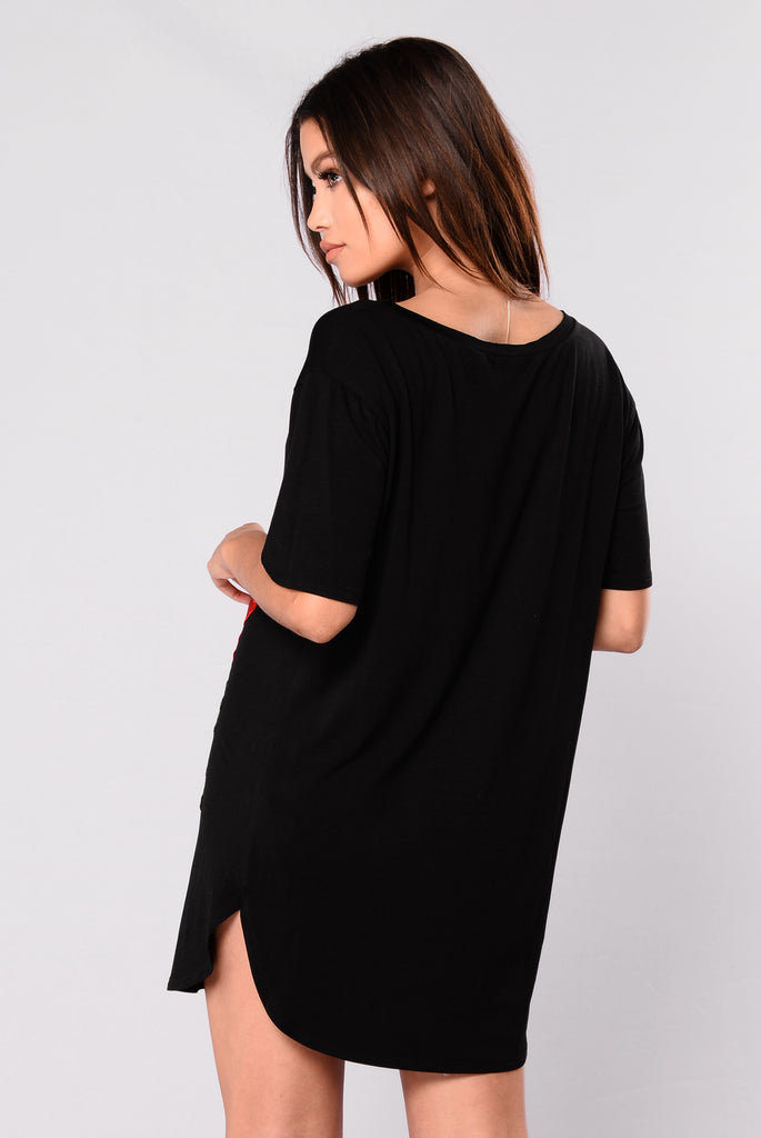 Ryan's Roses Scoop Tunic - Black