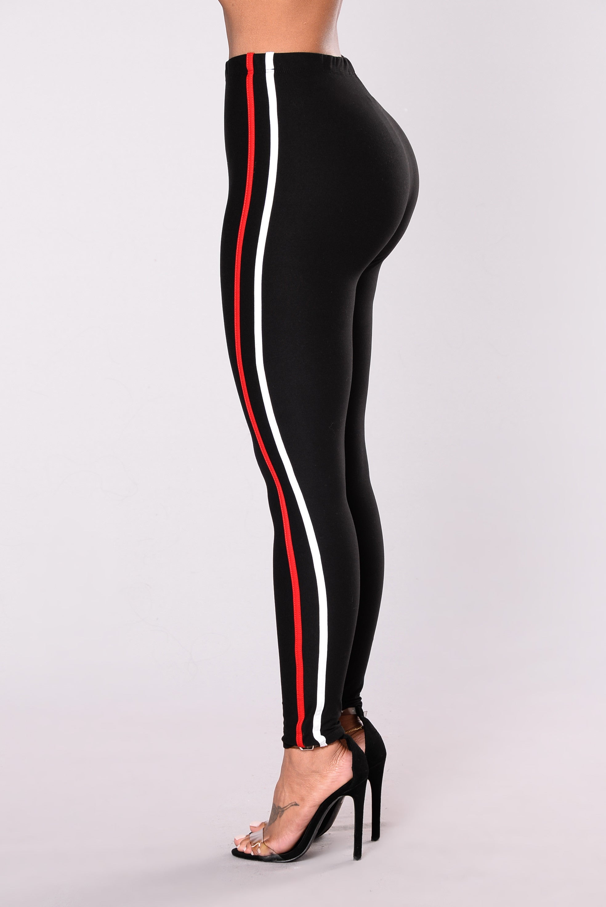 The New Classic Striped Pants Black