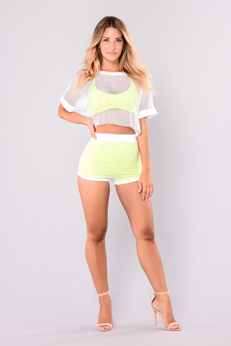 Raina Fishnet Shorts - White/Yellow