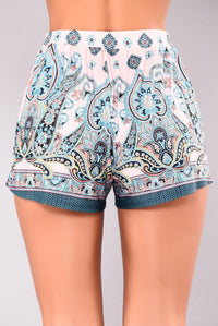 Zoey Shorts - Multi