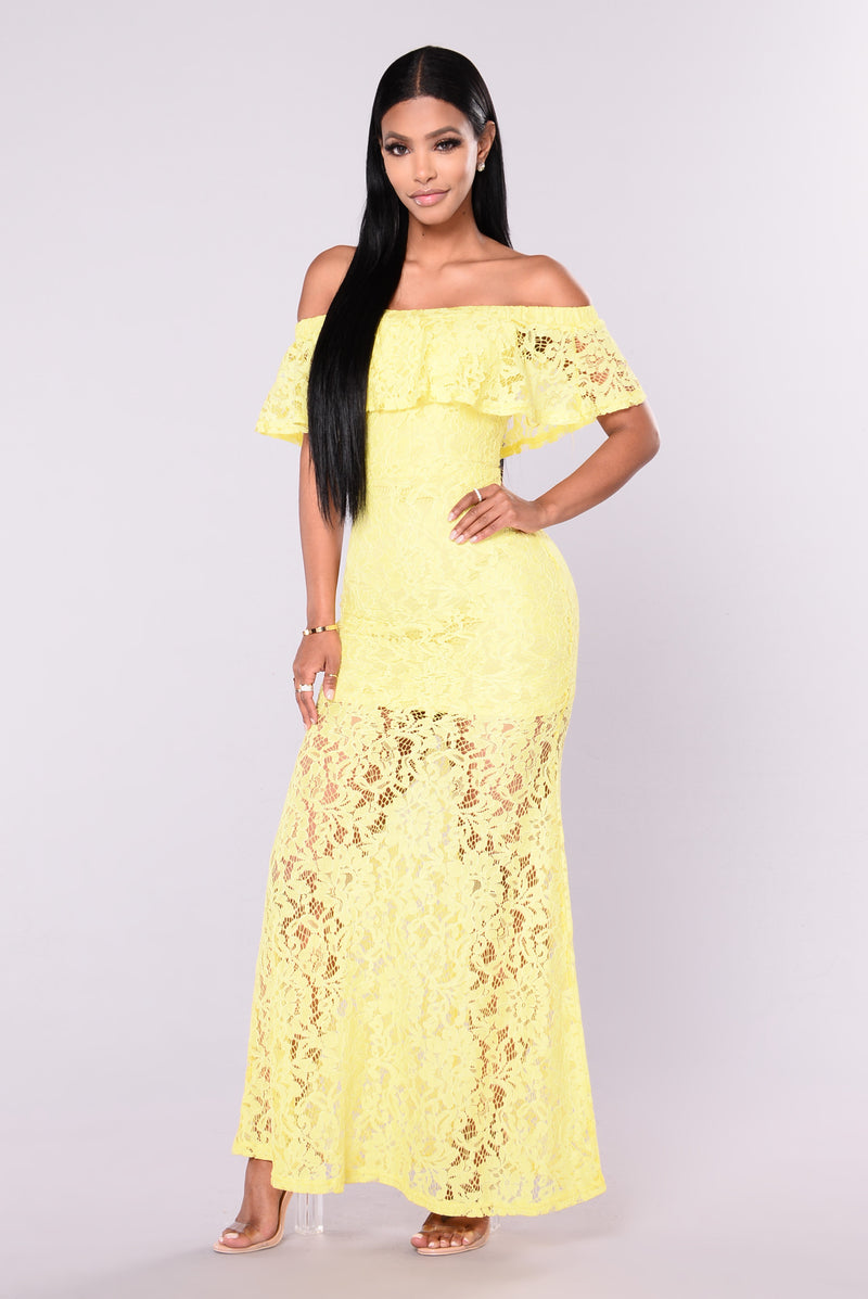 Ariell Lace Dress - Yellow