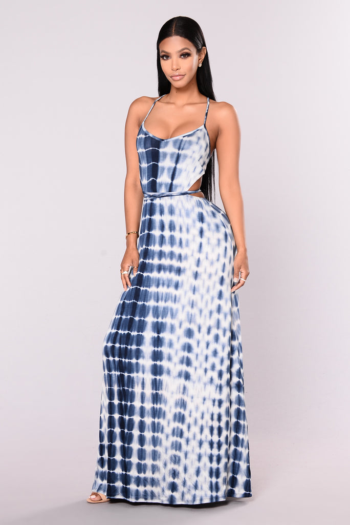 Delos Maxi Dress - Navy/White