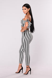 Ringleader Striped Set - White/Black