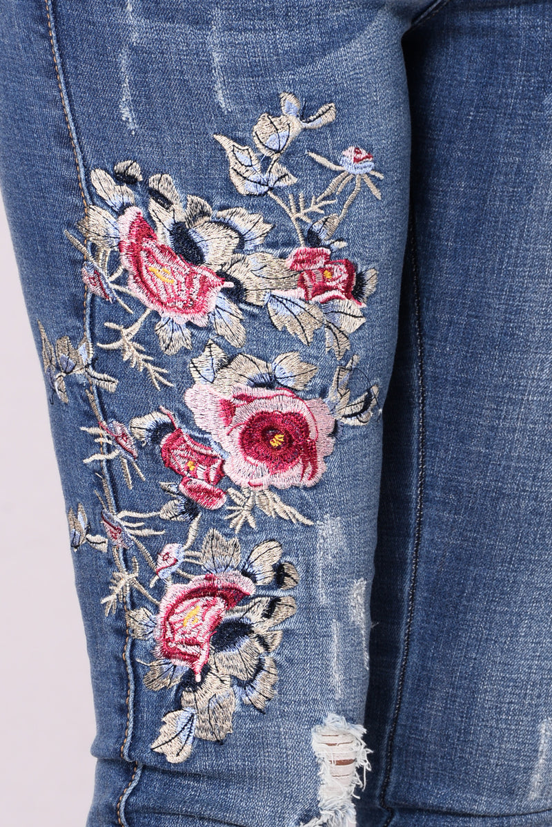Pennie Embroidered Jeans - Medium Blue