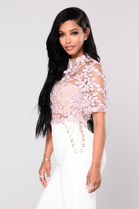 Sacha Lace Top - Mauve