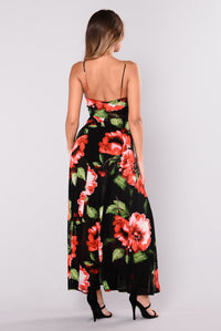 Big Bouquet Maxi Dress - Black/Red