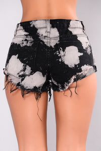 Sydelle Bleach Denim Shorts - Black/Rose Gold