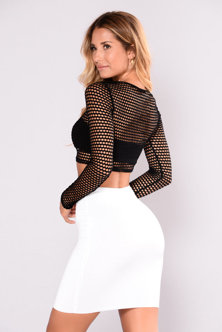 Villa Blanca Fishnet Top - Black