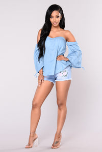 Let Go Chambray Top - Blue