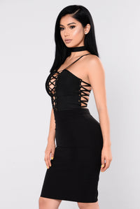 Mistress Of The Dark Dress - Black