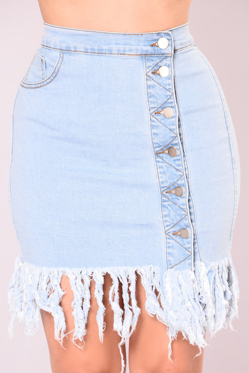 Everyday And Every Night Skirt - Light Wash