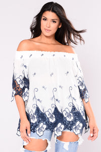 Too Much To Say Top - White/Navy
